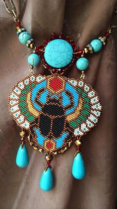 This Pin was discovered by Mim Seed Bead Necklace, Beaded Earrings, Beaded Bracelets, Seed Bead Patterns, Beading Patterns, Beaded Jewelry Designs, Handmade Jewelry, Egyptian Jewelry, Peyote Beading