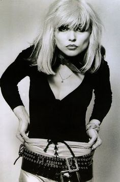 Debbie Harry has the best fashion. Love the loose double belted look.