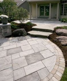 Beacon Hill Flagstone Paving Stones - Stonewood Products Beacon Hill Flagstone has a natural appearance; soft blended colors, subtle surface design gives these paving stones a relaxed historic look and feel. Stone Patio Designs, Paver Designs, Backyard Patio Designs, Diy Patio, Backyard Landscaping, Backyard Ideas, Desert Backyard, Landscaping Ideas, Modern Backyard