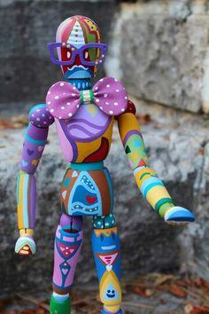 Maniquí hipster colorido