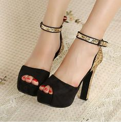 Fashion Black Peep Toe Platform Heels with Shining  Ornament