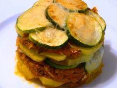 Receta Entrante : Milhojas de calabacín, tomate y queso por Elcaminoverde, con receta. #recetasdealimentos