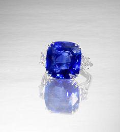A 22.18 carat sapphire single-stone ring