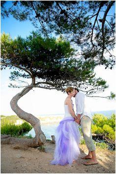 Beach front wedding  /  Photography © Ben & Aurore Photos