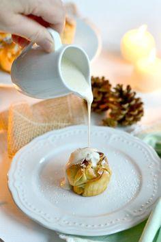 Apfelstrudeltörtchen mit Vanillesauce
