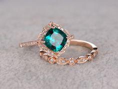 2pcs Emerald Engagement ring Set Rose gold,Diamond wedding band,7mm Cushion Cut,Bridal Ring,Retro Vintage Floral,Lab-Treated Green Emerald by popRing on Etsy https://www.etsy.com/listing/285365731/2pcs-emerald-engagement-ring-set-rose