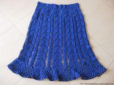 crochelinhasagulhas: Saia azul em crochê