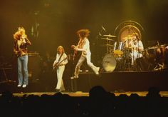 jumping Jack  Zeppelins ..