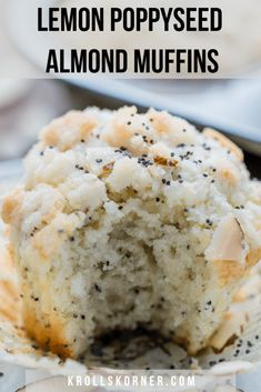Poppyseed Muffins with Streusel Topping Muffins for All Occasions!: Lemon Poppyseed Almond Muffins with Streusel Topping.Muffins for All Occasions!: Lemon Poppyseed Almond Muffins with Streusel Topping. Best Brunch Recipes, Favorite Recipes, Lemon Recipes, Sweet Recipes, Köstliche Desserts, Dessert Recipes, Healthy Lemon Desserts, Brownie Recipes, Muffin Recipes