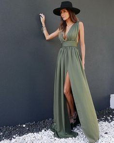 11 Clothing, Online Clothing Stores, Jumpsuit Dress, Coat Dress, Kids Fashion, Fashion Outfits, Fashion Design, English Fashion, Independent Women