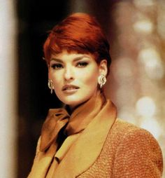Linda Evangelista @ Christian Dior by Gianfranco Ferre F/W 1991 Haute Couture