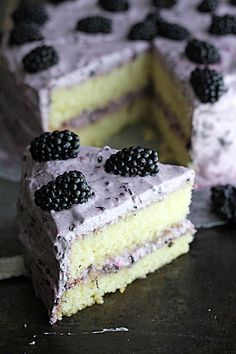 Wow your guests with a Blackberry Lime Cake! Pretty and delicious! :: Blackberry Dessert:: Blackberry Lime Cake Recipe