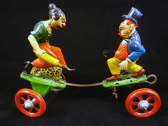 Maggie-and-Jiggs-vintage-tin-windup-character-toy-s-a-beautiful-working-antique