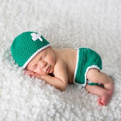 Shamrock Sweetie Hat and Diaper Cover Set - Gender Neutral   This Shamrock Sweetie Hat and Diaper Cover Set from Melondipity is perfect for an Irish baby or a baby born around St. Patrick's day!This two piece set includes a newborn hat and a diaper cover that will keep him or her warm and looking totally adorable!   http://www.melondipity.com/collections/baby-boys-hats/products/shamrock-sweetie-hat-and-diaper-cover-set-gender-neutral