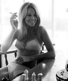 lostfoundandenviedurl:  Jane Fonda