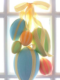 could be cute on my front door for easter??