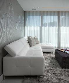 Moderne Wohnzimmergestaltung in Cremeweiß und Orange | gardinen ...