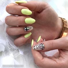 Want some ideas for wedding nail polish designs? This article is a collection of our favorite nail polish designs for your special day. Pedicure Designs, Diy Nail Designs, Nail Polish Designs, Nails Design, Summer Pedicure Colors, Summer Colors, Bright Nails For Summer, Beach Pedicure, Summer Nails 2018