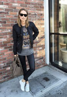 // ANINE BING bomber jacket – ANINE BING leather pants – ANINE BING t-shirt – Rayban  sunglasses – ANINE BING lily sneakers – ANINE BING Madison bag // The post E A S Y appeared first on Anine's World