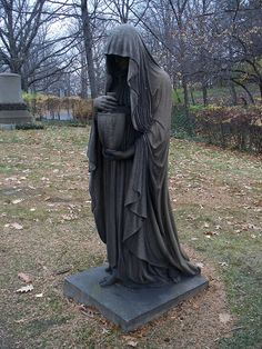 Statue in Lake View Cemetery in Cleveland, Ohio. A popular one for photographers (I had to wait in line). Cemetery Angels, Cemetery Statues, Cemetery Headstones, Old Cemeteries, Cemetery Art, Angel Statues, Graveyards, Reaper Statue, Grim Reaper