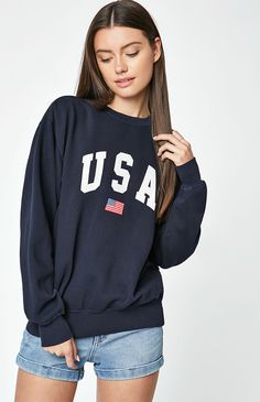 Stay cozy and comfy all weekend in the Erica USA Sweatshirt by John Galt. Pajama Outfits, Warm Outfits, Short Outfits, Casual Outfits, Cute Outfits, Casual Shorts Outfit, Casual Clothes, Writing Gifs, Collage Outfits