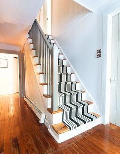 DIY Home Improvement On A Budget - DIY Stair Makeover - Easy and Cheap Do It Yourself Tutorials for Updating and Renovating Your House - Home Decor Tips and Tricks, Remodeling and Decorating Hacks - DIY Projects and Crafts by DIY JOY Home Improvement Loans, Home Improvement Projects, Home Projects, Paint Runner, Stair Makeover, Diy On A Budget, Decoration, Home Remodeling, Cheap Renovations