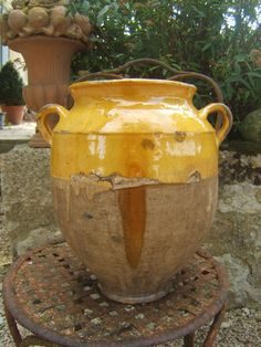 HUGE ANTIQUE FRENCH CERAMIC MUSTARD DROP YELLOW GLAZED PROVENCE CONFIT POT