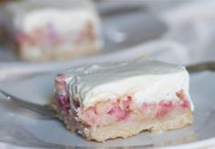 Creamy Rhubarb Custard Bars