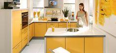 Un Lugar Para Los Sentidos: Cocinas Amarillas