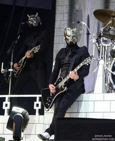 Swiss in the background Ghost Papa, Ghost Bc, Band Ghost, Ghost And Ghouls, Ghost Photos, Music Pics, Music People, Ghost Stories, Great Bands