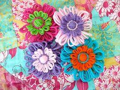 Loom Flower Tutorial for using the Boye Bloom Loom