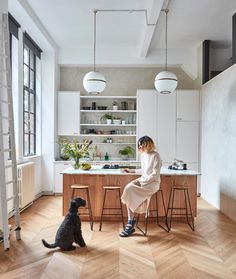 Like the Console and Seating in front ideas - 15 Small Kitchen Island Ideas Small Open Plan Kitchens, Small Kitchen Plans, Small Kitchen Layouts, Modern Kitchen Island, Small Space Kitchen, Kitchen Ideas, Small Kitchen Inspiration, Small Spaces, Narrow Kitchen With Island