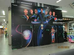 Branding Total Ascensor Centros Comerciales Pepsi, Arcade Games, Selena, Innovation, Branding, Shopping Malls, Elevator, Colombia, Scenery