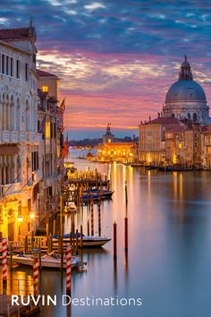 Click the Link to Watch our Walking Tour through Venice in 4K | Italy #ruvindestinations #venice #italy #ruvin © Rudy Balasko/shutterstock.com Venice Cafe, Venice Italy, Clementoni Puzzle, Grand Canal, What A Wonderful World, Ecology, Zentangle, Cute Pictures, Amazing Pictures