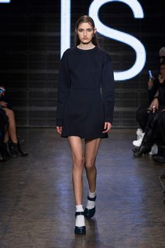 Navy minidress and Mary Janes at DKNY Fall 2015 runway show Catwalk Fashion, Fashion Show, Mary Jane Shoes, Who What Wear, Designer Collection, Fall 2015, Street Style, Couture, Autumn Witch