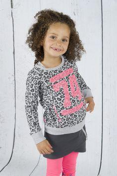 Quapi: trui Catto panter, €34,95, 86/92-158/164 online kinderkleding en babykleding blauwlifestyle ridderkerk #quapikidswear #quapiwintercollectie #quapiwinter2015 http://www.blauwlifestyle.nl/nl/kinderkleding.html?merken=153