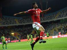 Manchester United 'step up Goncalo Guedes pursuit'
