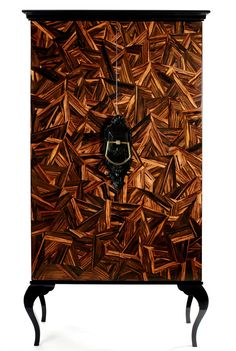 Wooden wardrobe GUGGENHEIM - Boca do lobo