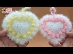 Crochet Flower Patterns, Crochet Flowers, Knitting Patterns, Crochet Alphabet, Baby Socks, Bazaar Ideas, Knitting Socks, Baby Knitting, Diy Crochet