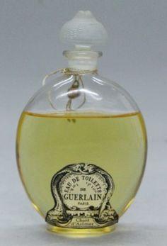 * Lalique for Guerlain Eau De Toilette bottle Guerlain Perfume, Patchouli Perfume, Lalique Perfume Bottle, Antique Perfume Bottles, Replica Perfume, Perfume Display, Essential Oil Perfume, Container, Chanel