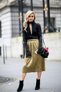 Street Style: Paris Fashion Week Fall 2016 - theFashionSpot