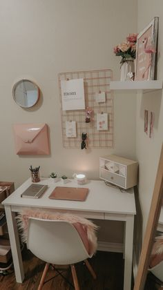 My home office lipstick and bows, bows home office . - My home office lipstick and bows, Home o Girl Bedroom Designs, Room Ideas Bedroom, Small Room Bedroom, Bedroom Decor, White Desk Bedroom, Dorm Room Designs, Trendy Bedroom, Bedroom Inspo, Study Room Decor