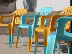 Definitely going to spray paint the plastic 2nd hand chairs. Oh spray paint, is there anything you can't do?