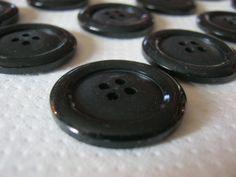 30 Stück Mantel/Jackenknöpfe 4 Loch Schwarz,Durchmesser ca.28 mm,Neu,Lübecker Knopfmanufaktur von Knopfshop auf Etsy
