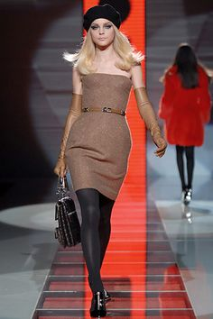 Versace Fall 2007 Ready-to-Wear - Collection - Gallery - Look 11 - Style.com