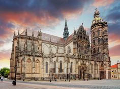 15 Best Things to Do in Košice (Slovakia) - The Crazy Tourist Saint Michael, Bratislava, Monuments, Next Holiday, Gothic Architecture, Beautiful Places In The World, Hungary, Barcelona Cathedral, Places To See