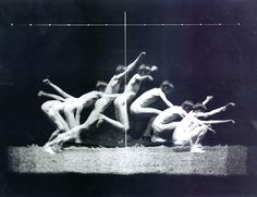 History of a Jump. using stop-motion photography pioneered by Muybridge Stop Motion Photography, Figure Photography, History Of Photography, Artistic Photography, Art Photography, Movement Photography, Museum Photography, Action Photography, School Photography