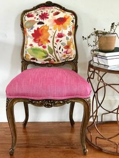 Vegas Goes Boho - Chair Whimsy Black Dining Room Chairs, Outdoor Dining Chair Cushions, Living Room Chairs, Outdoor Lounge, Small Chairs, Kitchen Chairs, Cool Chairs, Side Chairs, Chaise Floral