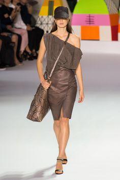 Défilé Akris Printemps-été 2018 Prêt-à-porter - Madame Figaro