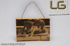 Tela pintada com dourado Coloraqua e transferida a imagem com Calcotransfer Veja outras idéias: http://www.luisguarda.pt/espaco-criativo/dia-de-s-valentim